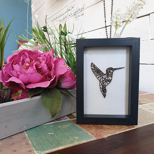 3D-Holzmotiv im Rahmen Kolibri