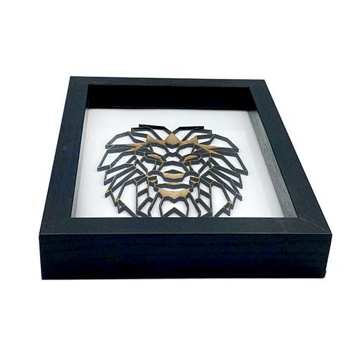 Löwenkopf 3D aus Holz im Rahmen