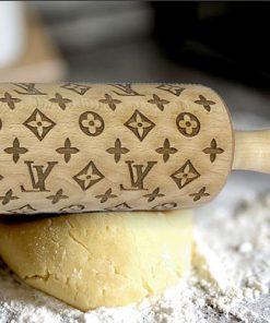 Kuchenrolle mit LV Gravur